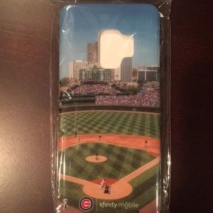 Other - NWT Chicago Cubs phone case